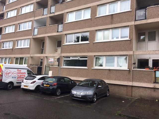 680 Hillpark Drive, Flat 5, Glasgow G43 2QD – Available Now