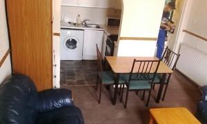 propmoss27-2-lounge-1-12th-Aug-15