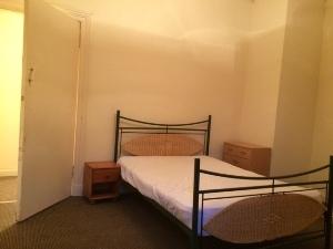 Prop46Espe-4-Bedroom-2nd-jan-15