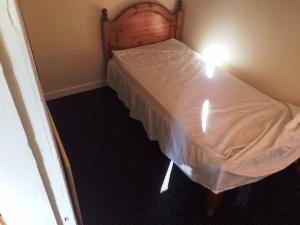 prop4u147-5-Bedroom-2-16th-Sept-15